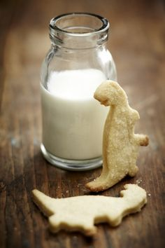 NOMU is an original South African food and lifestyle concept by Tracy Foulkes. Butter Biscuits Recipe, Vanilla Biscuits, Vanilla Cookies, Milk Cookies, Biscuit Recipe, Cake Cookies, Cupcakes, Fun Cooking, Cooking Ideas