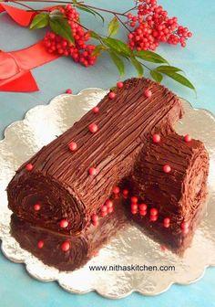 ΣΤΗΝ ΚΟΥΖΙΝΑ: Xριστουγεννιάτικοι ΚΟΡΜΟΙ | ΣΟΥΛΟΥΠΩΣΕ ΤΟ Christmas Yule Log, Norwegian Christmas, Christmas Sweets, Christmas Foods, Noel French, Yule Log Cake, Holiday Baking, Christmas Traditions, Cake Recipes