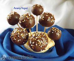 Cappuccinos, Caramel Apples, Cookies, Cake Pop, Food, Candy, Crack Crackers, Cake Pops, Biscuits
