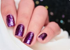 Malý koutek krásy: Flormar #411 & Glitter GL15 Red in Silver