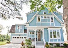 7 Stunning Blue House Siding Ideas - Allura CMS blue color homes - Blue Things Coastal Cottage, Coastal Homes, Cottage Homes, French Cottage, Cozy Cottage, Coastal Living, Palet Exterior, Exterior Design, Exterior Paint Colors For House