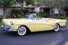 1957 Buick Century Convertible - Image 1 of 16 - Classic car list Retro Cars, Vintage Cars, Antique Cars, Vintage Photos, Convertible, Chevrolet Bel Air, Chevrolet Chevelle, Pontiac Gto, Buick Cars
