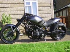 ducati-monster-custom.jpg (400×300)