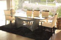 Mesa de comedor de vidrio - modelo Curvo