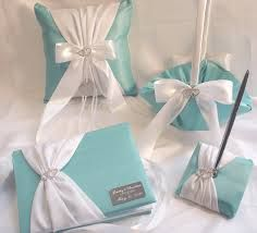 Tiffany blue guestbook,pen,pillow  from etsy  #timelesstreasure