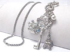 New ladies Crystal crown charm long necklace a must have