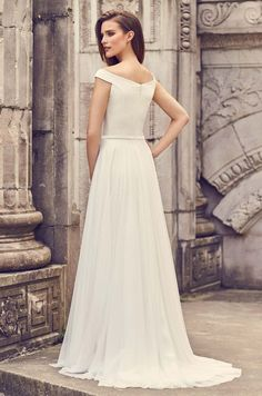 View Glamorous Long Sleeve Wedding Dress - Style from Mikaella Bridal. Crêpe gown with V-neck and long sleeves. Inverted V-back neckline with button closure at neck. Fit and flare skirt. Low Key Wedding Dress, Tulle Skirt Wedding Dress, Wedding Dress Necklines, Long Sleeve Wedding, Wedding Dress Sleeves, Wedding Dress Shopping, Wedding Dress Styles, Dream Wedding Dresses, Wedding Gowns