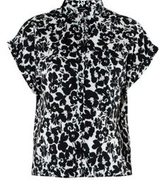 Monochrome Floral Print Cropped Boxy Shirt New Look, Monochrome, Floral Prints, Button Down Shirt, Men Casual, Blouse, Mens Tops, Shirts, Women