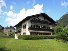 Pension Seeblick Fuschl am See Overlooking Lake Fuschl and the mountains of the Salzkammergut, Pension Seeblick offers rooms with private bathrooms. There is a free parking area, a sunbathing lawn and a private bathing area.