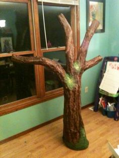 Paper Mache Tree. This would make a great mold for a huge hypertufa project!