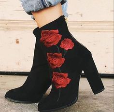 ROSE SUEDE BOOTS