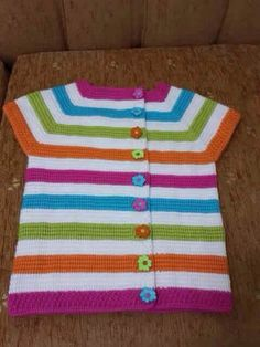 This Pin was discovered by Ayş Knitted Baby Clothes, Baby Hats Knitting, Baby Kids Clothes, Knitting For Kids, Baby Knitting Patterns, Sewing For Kids, Baby Patterns, Crochet Clothes, Knitted Hats