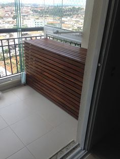 Atelier do Zero Air Conditioner Cover Outdoor, Diy Air Conditioner, Naha, Outdoor Projects, Outdoor Decor, Diy Exterior, Outdoor Storage, Sweet Home, Choirs