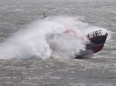 Rough weather off Nell's point Barry Island Niagara Falls, Boats, Objects, Ships, Waves, Weather, Island, Nature, Life