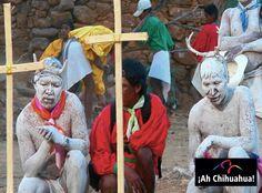 TURISMO EN CHIHUAHUA ¿Qué festividades tiene Batopilas? En esta zona se celebra las fiestas de Semana Santa, una de las más pintorescas de los rarámuris o tarahumaras. Las fiestas y ritos se acompañan de danzas, el pintado de los pascolas y la quema del Judas mestizo, que representan la eterna lucha entre el bien y el mal; este es en definitiva un evento que no se puede perder. www.turismoenchihuahua.com
