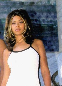 Beyonce V Moonasar. Beyonce Style, Beyonce And Jay Z, Zendaya Dress, Black Girl Aesthetic, Beyonce Knowles, Queen B, Black Girl Fashion, Celebs, Celebrities