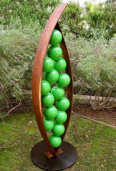 metal sculptures for the garden | At last! Contemporary garden sculpture | Digging