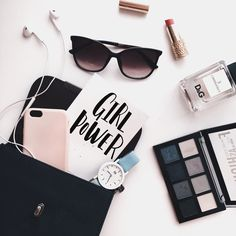 Healthy living at home sacramento california jobs opportunities Flat Lay Photography, Creative Photography, Photography Tips, Chandler Bing, Flat Lay Inspiration, Flat Lay Photos, Phoebe Buffay, What In My Bag, Flatlay Styling