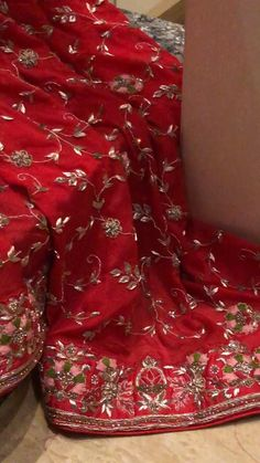 Party Wear Indian Dresses, Designer Party Wear Dresses, Indian Bridal Outfits, Pakistani Bridal Dresses, Bridal Lehenga Online, Bridal Lehenga Choli, Beautiful Dress Designs, Stylish Dress Designs, Blouse Online
