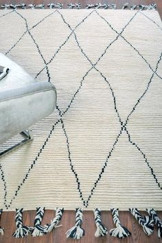 Wool Rugs - Buy handknotted wool rugs online - The Rug Republic Monochrome Interior, Classic Rugs, Buy Rugs, Traditional Rugs, Weaving Techniques, Rugs Online, Diamond Pattern, Hand Knotted Rugs, Knots