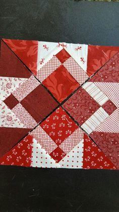 Fashionable Patchwork Quilts Decor DIY from 38 of the Awesome Patchwork Quilts Decor DIY collection is the one loved by parents and decorating home yourself masters. This Patchwork Quilts Decor DIY is Mini Quilts, Scrappy Quilts, Patch Quilt, Quilt Blocks, Quilting Tutorials, Quilting Projects, Quilting Designs, Quilting Ideas, Pattern Blocks