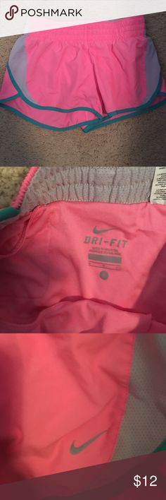 Nike shorts Pink nike shorts. Great for workouts. Nike Shorts