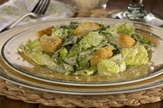 With a taste just as good as the original, no one will know that you've made their favorite Caesar salad a little lighter. Diabetic Recipes, Cooking Recipes, Healthy Recipes, Healthy Foods, Diabetic Salads, Suddenly Salad, Quinoa Benefits, Ceasar Salad