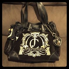 Juicy Couture Purse!! Black Scrunched purse, used!! In still good shape! Might need cleaned on the inside! Real! Juicy Couture Bags Shoulder Bags