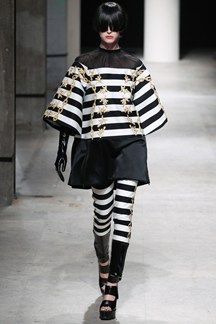 Undercover Spring/Summer 2014 Ready-To-Wear