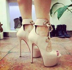 Timeline Photos - Yo Amo los Zapatos | - image #2165705 by marky ...
