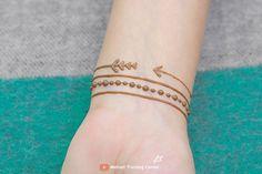 Latest Mehndi Designs, Henna Designs, Tattoo Designs, Simple Henna Tattoo, Mehndi Tattoo, Mehndi Video, Tattoos, Stylish, Bracelets