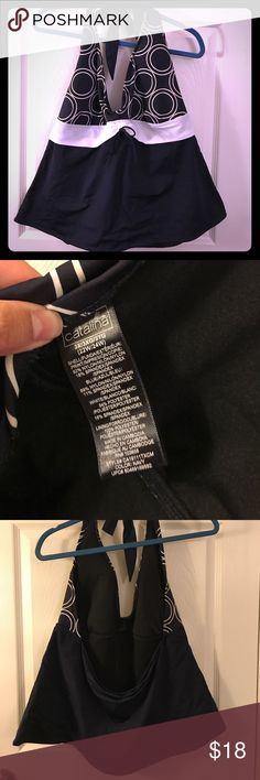 Navy blue/white halter bathing suit top. Size 3X Navy blue/white halter bathing suit top. Size 3X (22W-24w) Swim
