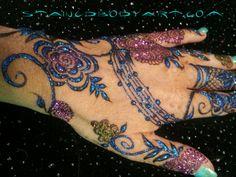 Stained - Henna in Tampa Florida  StainedBodyArt.com #hennagathering #henna #tampa #mehndi #mehendi #mehandi #hennadesign #persiangulf #khaleeji #stained #hippy #boho #faery #hippie #fairy #gypsy