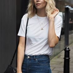 Marisa Hordern - Creative Director and jewellery lover.  Obsessed by all things gemstones!  ✉️ shop@missoma.com