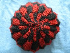 Yarnisms: Checkered Hat Crochet Pattern