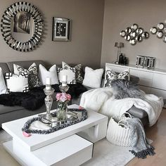 Grey and white, gray living room decor ideas, black living room furniture, White Living Room, Room Inspiration, Home And Living, Dark Grey Living Room, Living Room Designs, Living Decor, Living Room Decor, Room Decor, Apartment Decor
