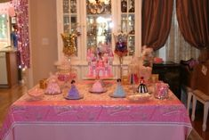 table for princess  pirate party