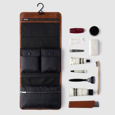 Luxury for the Minimalist octovo-the-dopp-kit-brown-leather-travel-accessory-proppedoctovo-the-dopp-kit-brown-leather-travel-accessory-propped Minimalist Travel, Minimalist Design, Der Gentleman, Mens Travel, Dopp Kit, Travel Kits, Travel Ideas, Men's Grooming, Toiletry Bag