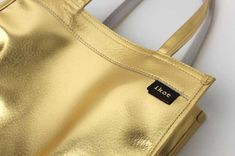 ikot(イコット)ピッグスキンリバーシブルトートバッグIK118203【本革】【店頭受取対応商品】 Marc Jacobs, Bags, Fashion, Handbags, Moda, Fashion Styles, Fashion Illustrations, Bag, Totes