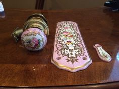 Vintage Porcelain Door Plate U0026 Key Hole, And Door Knob Set