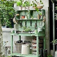 Rincon de trabajo en el jardín
