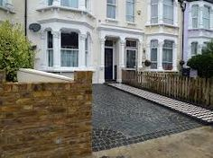 Grey Granite Setts Driveway Black And White Victorian Mosaic Tile Path London. Driveway Paving, Concrete Walkway, Driveway Landscaping, Landscaping Ideas, Victorian Mosaic Tile, Mosaic Walkway, London Garden, Large Backyard, Garden Fountains