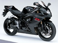 GSXR 600 in black!!! I want. Badly, badly, badly...I will get this for my next bike :)
