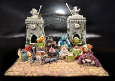 EDITOR'S CHOICE (11/13/2013) Gold Award at Cake International 'Monsters University' by Alice Davies  View details here: http://cakesdecor.com/cakes/96872