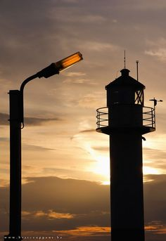 Lighthouse with lamp by Bart Ceuppens on 500px