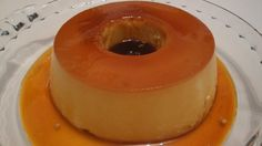 O Pudim 4 Leites é fácil de fazer, delicioso e toda a família vai adorar. Ele tem esse nome porque é feito com leite condensado, creme de leite, leite de c