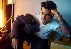 View the Celebrity gallery by Peggy Sirota - Photographer / Director. Modern Smart Casual, John Mayer Tattoo, Tyson Beckford, John Clayton, Christina Perri, Stevie Ray Vaughan, Celebrity Gallery, Celebrity Babies, Classic Man