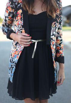 Street style | Black dress, silver belt and floral blazer