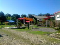 Impressionen unserer Ausstellung, eine der größten Sonnensegel Ausstellungen Deutschlands hier in Aichach zeigen wir auf 200 m² Indoor und 1.800 m² Outdoor fast jede Möglichkeit der textilen Verschattung in Live.  [FEROBAU]