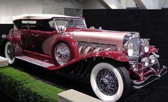 1935 Duesenberg SJ LaGrande - (Duesenberg Automobile & Motors Company, Inc. Auburn, These cars are stunning. Auto Retro, Retro Cars, Vintage Cars, Duesenberg Car, Old Classic Cars, Classic Auto, Classy Cars, Unique Cars, Amazing Cars
